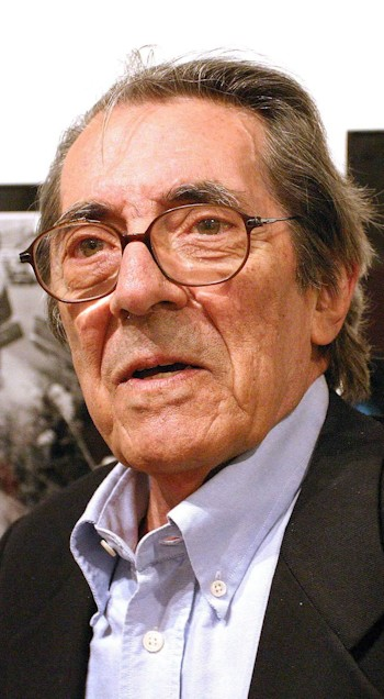 Enrique Meneses.